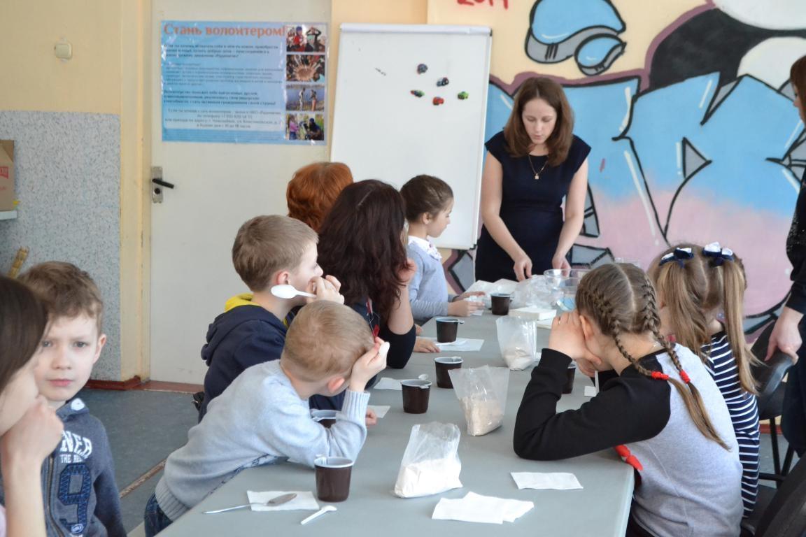 «Семейная мастерская» в НКО «Радимичи» —  лучшая форма объединения детей и родителей.