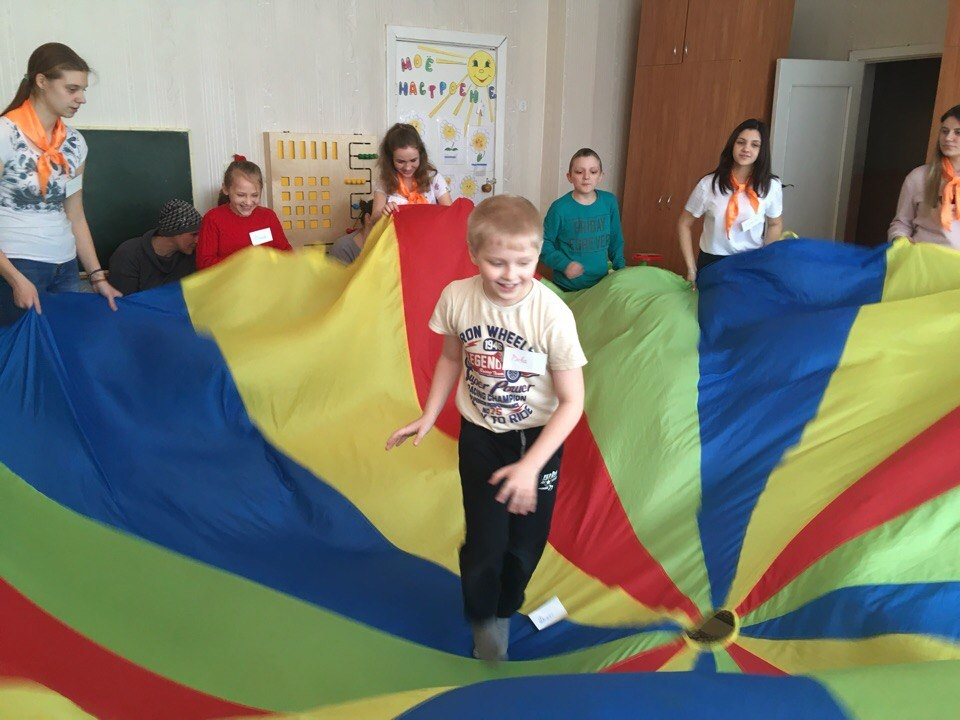 Воздушные игры для детей и родителей в Сураже