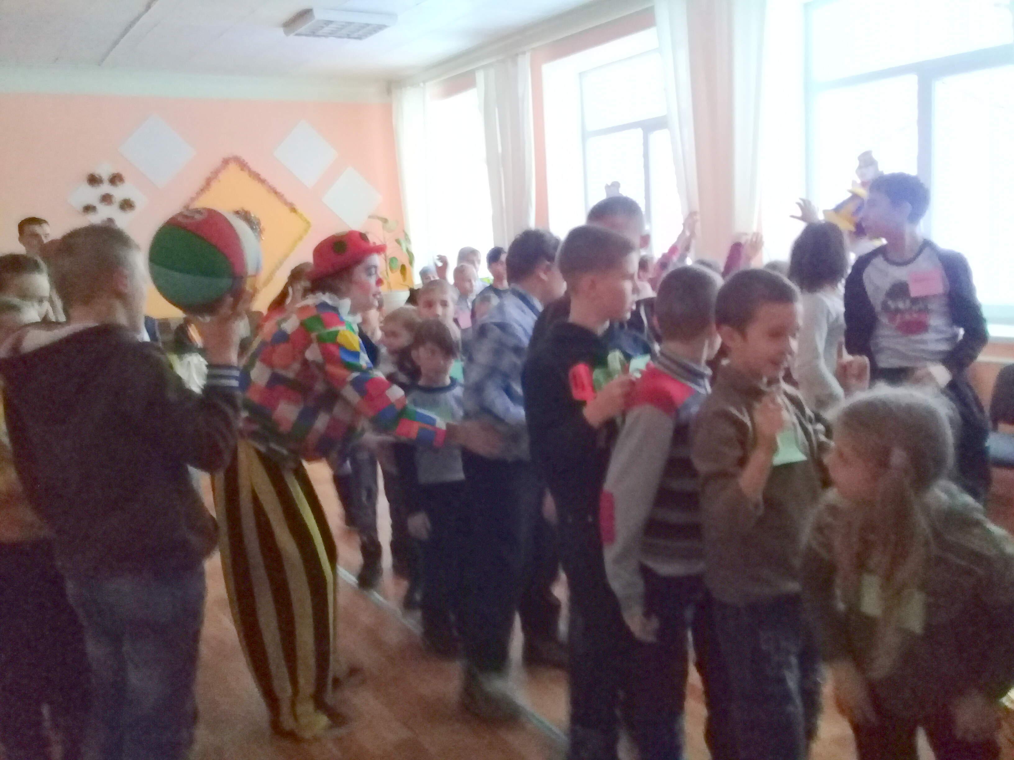 «Час веселого настроения»  в Молодежном центре «Радимичи»