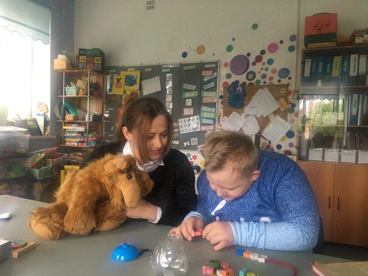 После долгого перерыва, в нашем Социально-реабилитационном центре «Радимичи», наконец-то начались занятия с детьми, имеющими ограниченные возможности