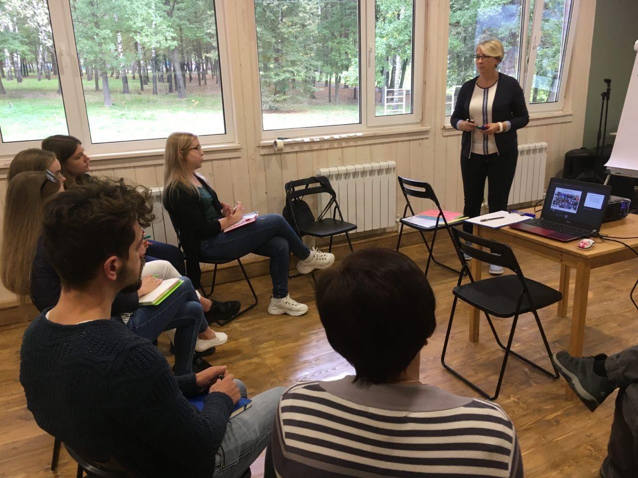 Команда Ресурсного центра «Радимичи» проводит семинары по социальному проектированию