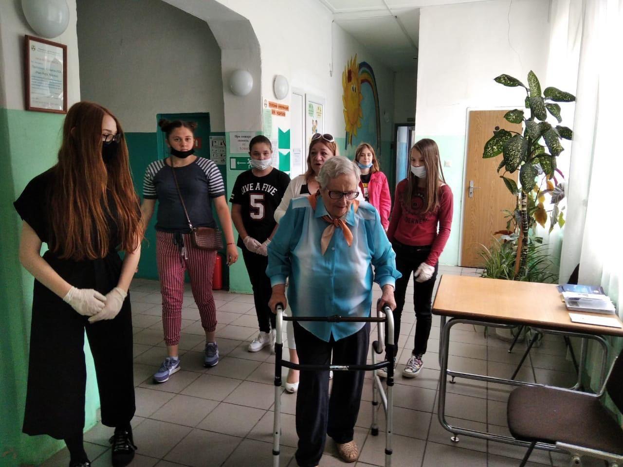 В период борьбы c COVID-19 — особая забота о людях старшего поколения и инвалидах